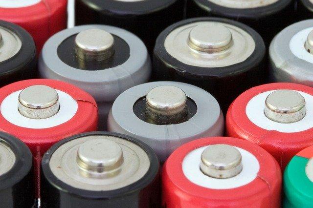 Rodzaje akumulatorów - jaki akumulator wybrać